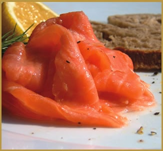 Pasta salmone pomodorini e zucchine