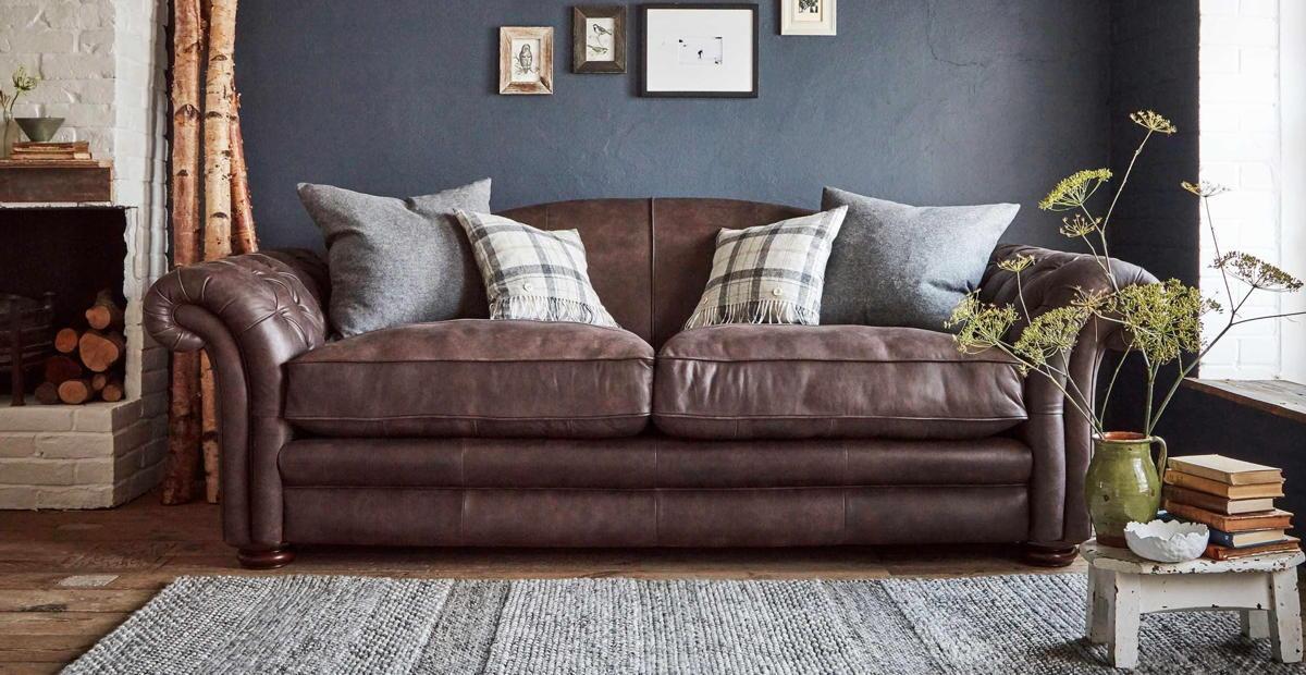 divano-in-pelle-pulizia-rimedi-consigli-7