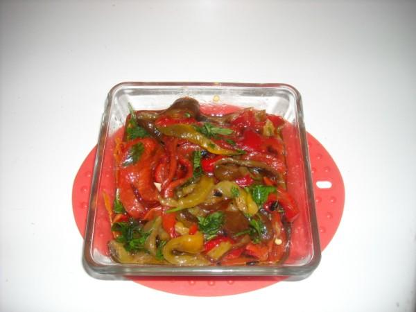 peperoni arrostiti-insalata