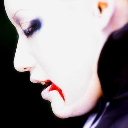 Trucco da vampiro Halloween