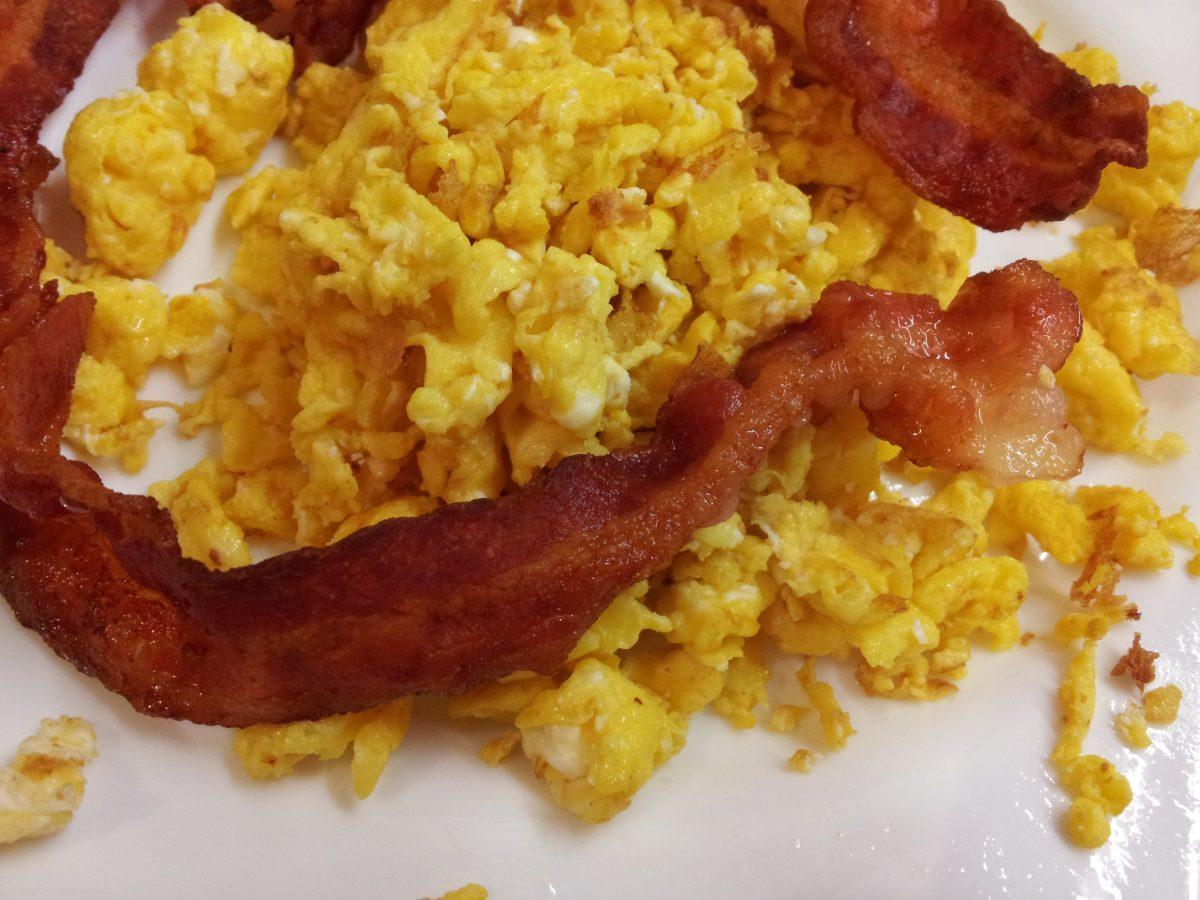 bacon-uova-strapazzate