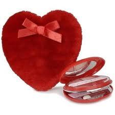 Trousse a cuore per San Valentino