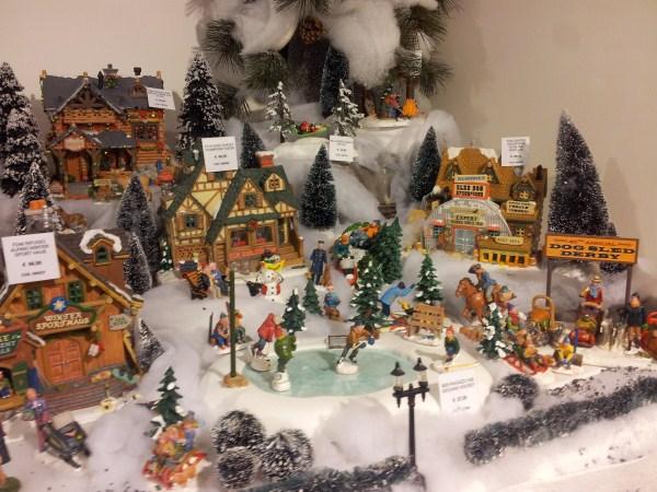 Galleria foto - Addobbi natalizi lumionosi fai da te Foto 1