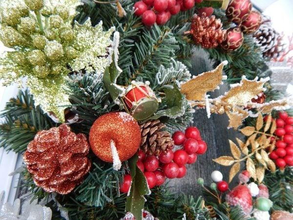 Ghirlande natalizie - Decorazioni ghirlande natalizie ...