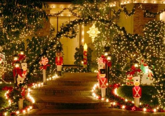 viale giardino natale decorazioni luci