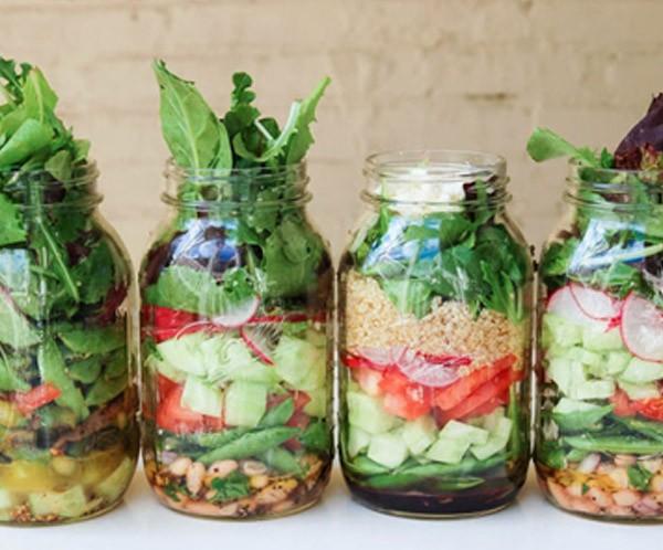 piatti-da-portata-barattoli-vetro-insalata