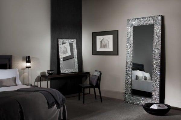 Specchi da terra come sceglierli e dove arredare for Specchi arredo camera da letto