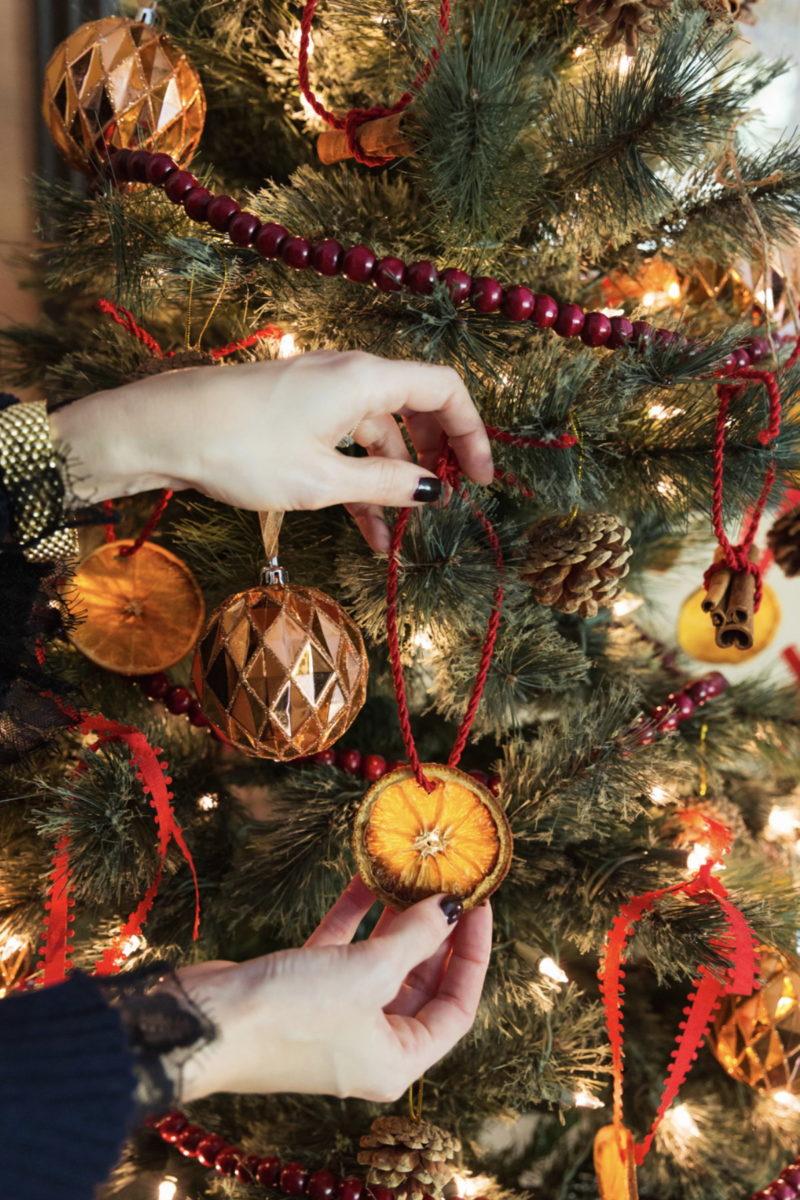 Addobbi Natalizi Con Frutta addobbi natalizi arance essiccate fai da te