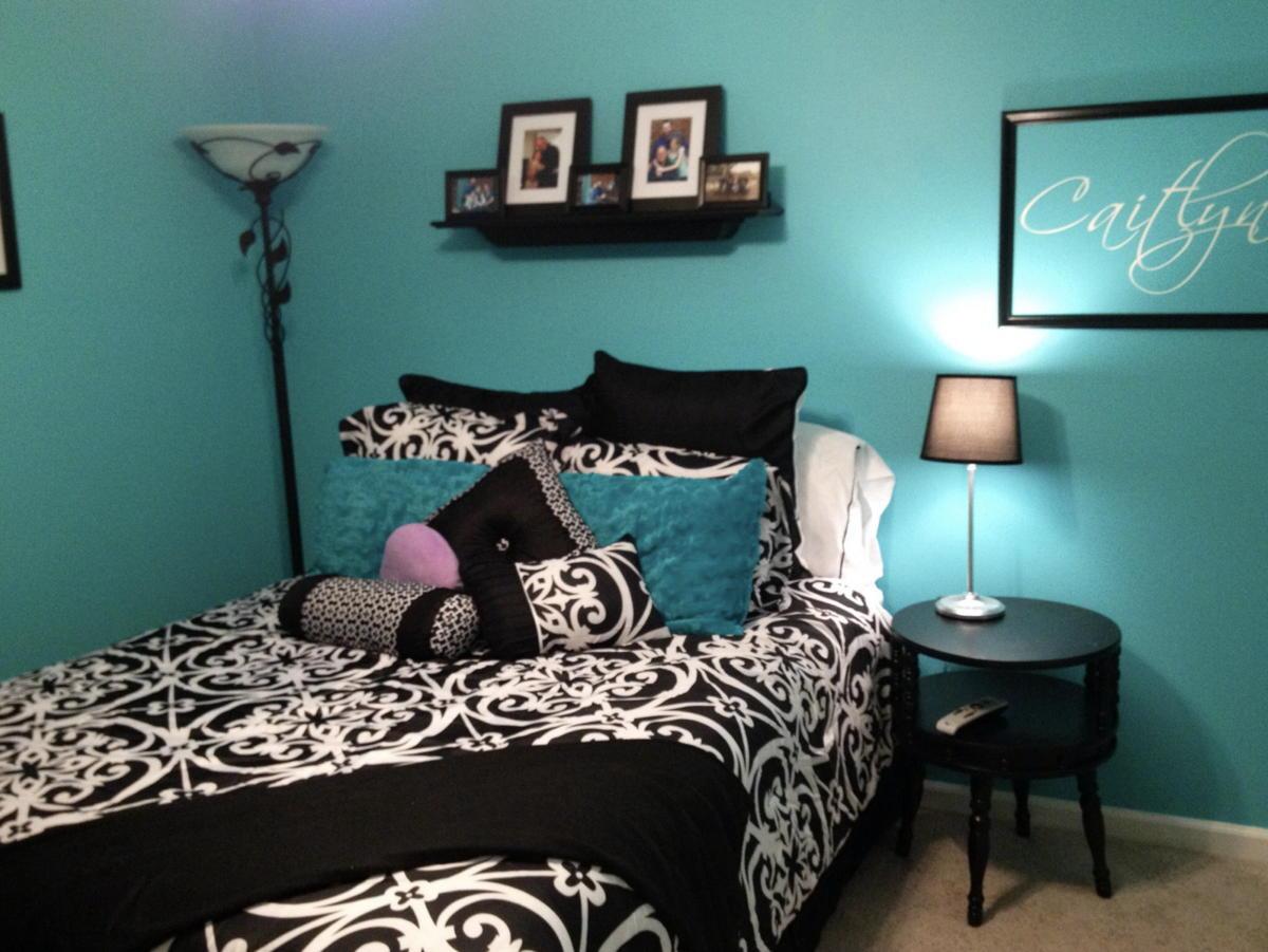 colore-tiffany-arredare-salotto-camera-da-letto-bagno-cucina-10