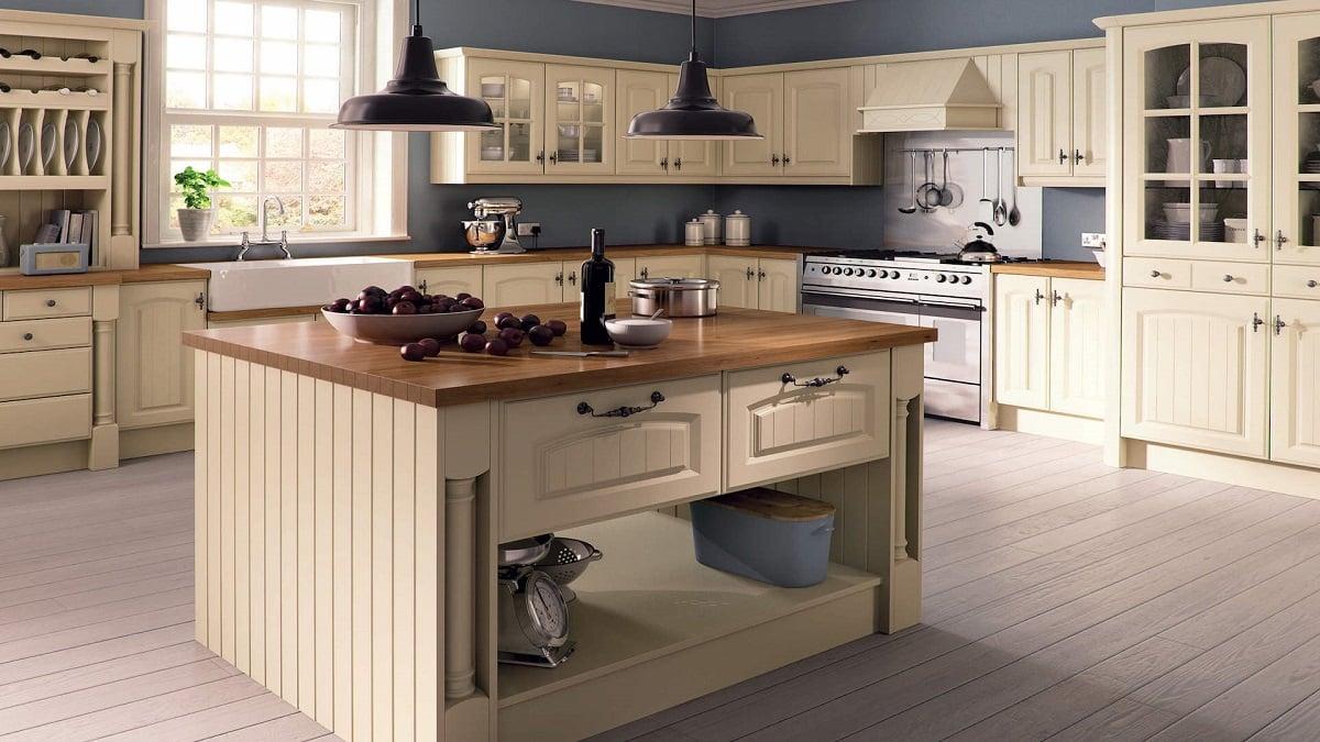 cucina-color-crema-arredare-con-stile-ed-eleganza-5