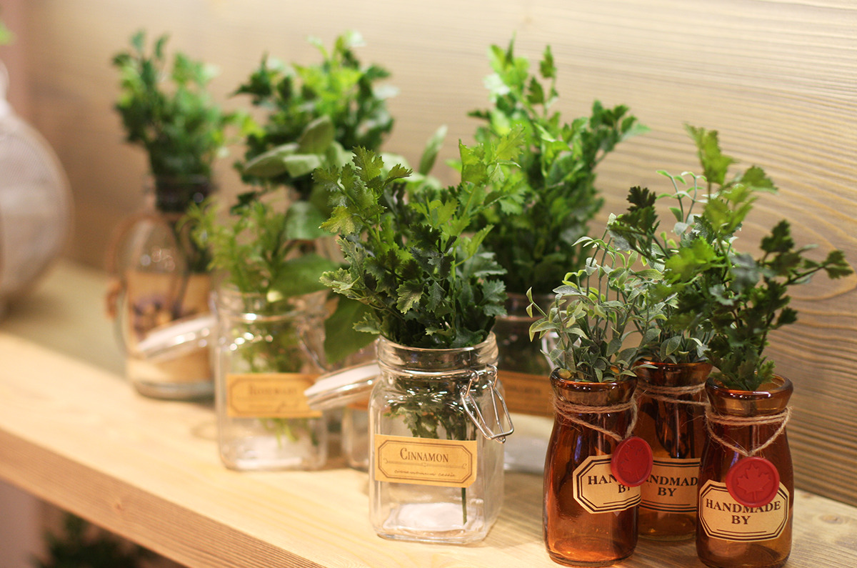 addobbare-tavola-giardino-odori