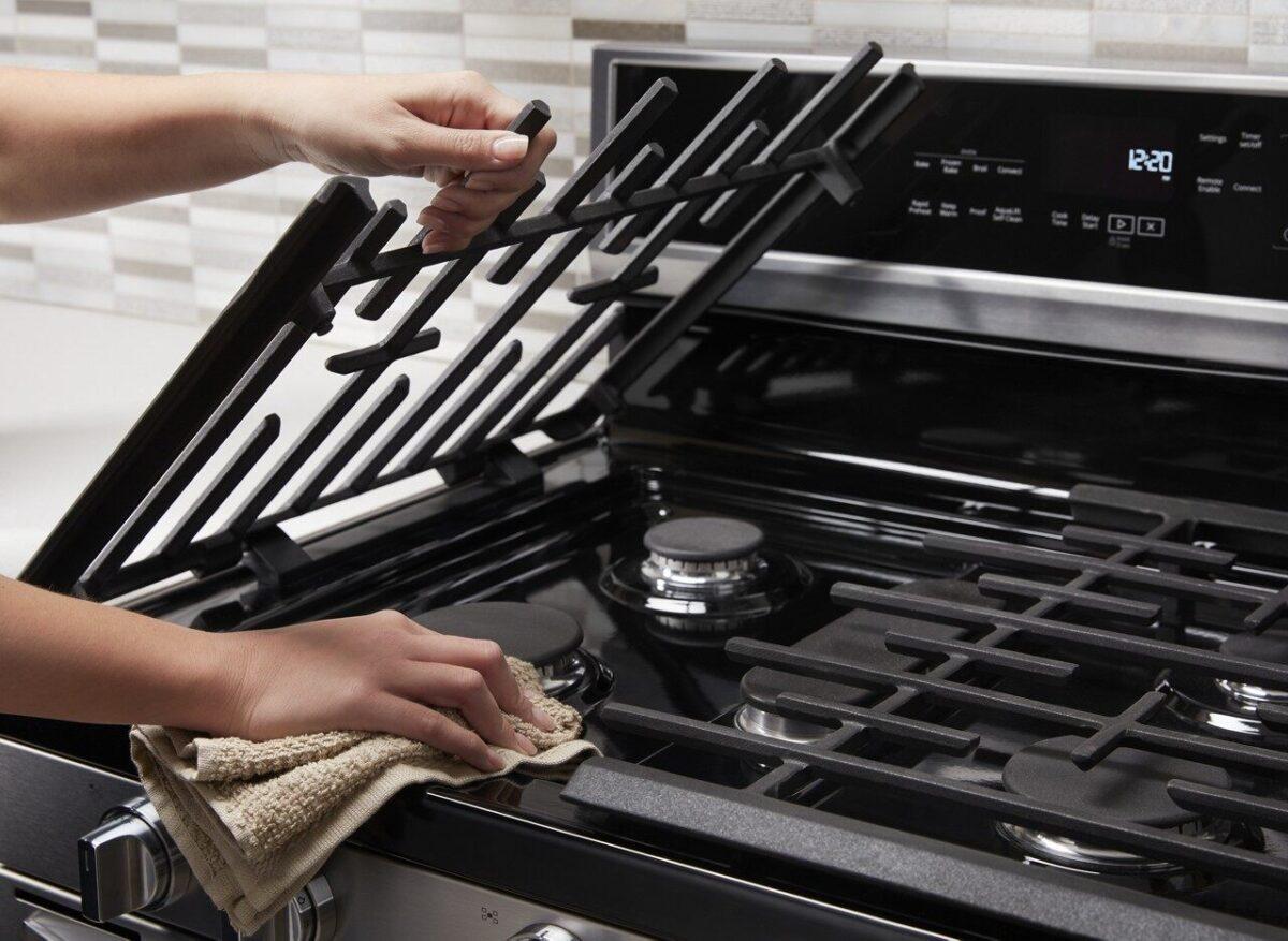 Come Pulire Il Piano Cottura piano cottura a gas: pulizia e consigli