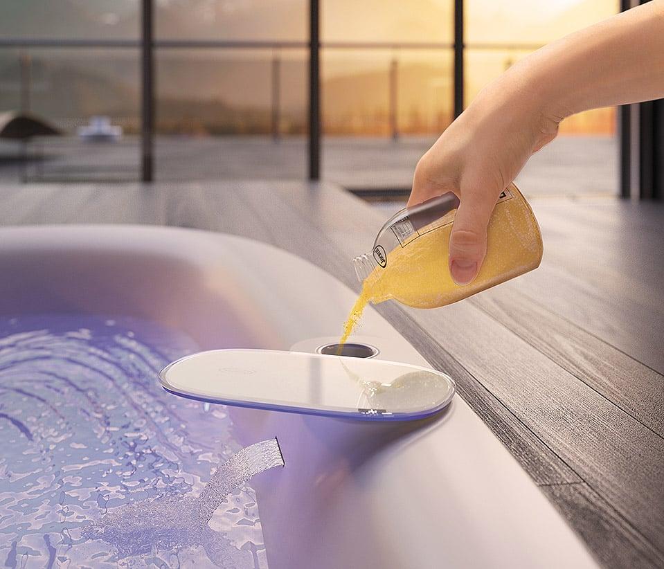 come-pulire-vasca-idromassaggio-24